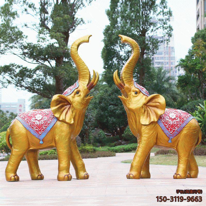 彩绘喷水玻璃钢仿铜大象