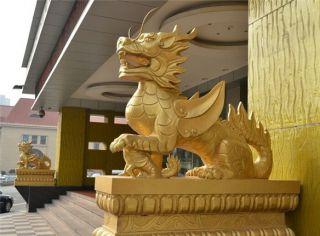 带翅膀的鎏金铜雕麒麟_宾馆商场看门动物