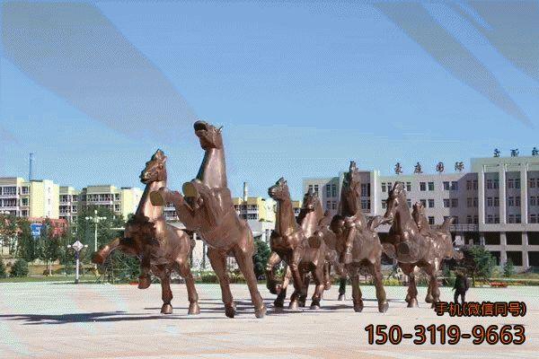 铜雕奔马群_城市广场动物景观