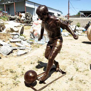 踢足球的小男孩_玻璃钢仿铜人物