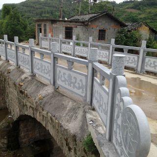 路桥青石雕花栏板