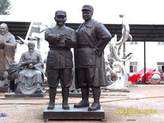 邓小平与刘伯承_当代伟人铜雕像