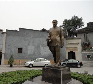 周总理铜雕像_城市校园景区伟人像