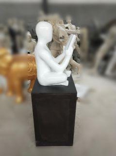 抽象人物看书雕塑玻璃钢校园雕塑