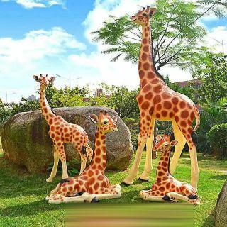 仿真长颈鹿玻璃钢公园动物雕塑