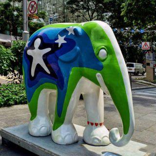 玻璃钢彩色大象