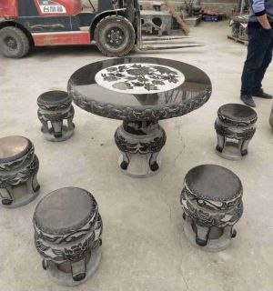 青石雕花园林圆桌凳