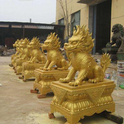铜雕麒麟 漆金动物铜雕塑