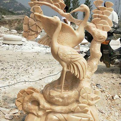 晚霞红仙鹤雕塑
