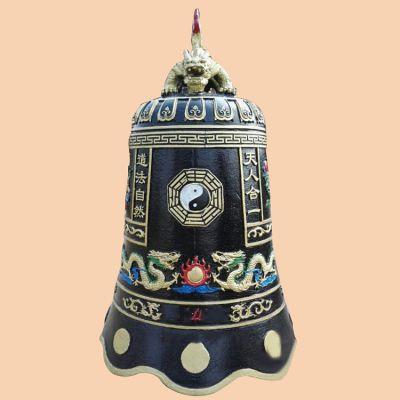 太极图案铜雕钟