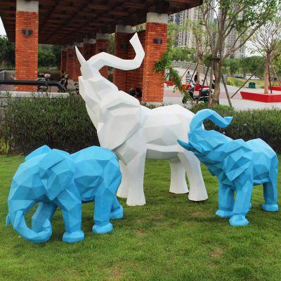 几何切面大象雕塑