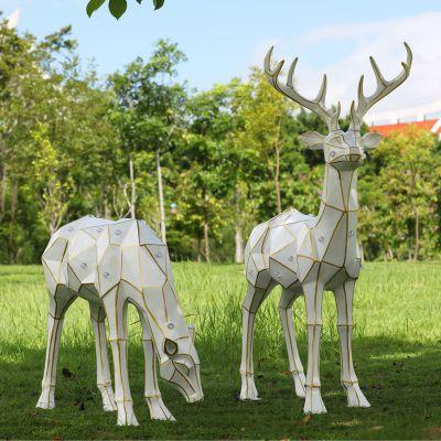 太阳能几何鹿创意雕塑