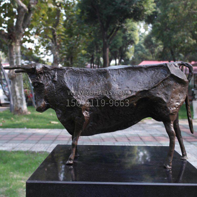 动物园梅花鹿雕塑-玉海雕塑动物园梅花鹿雕塑是怎样订制的?