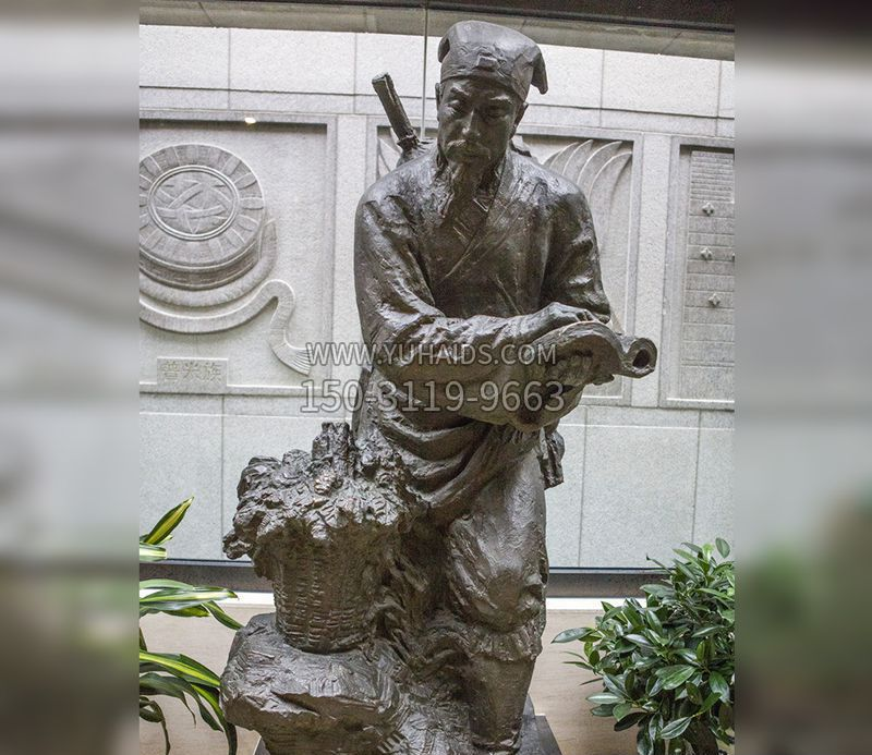 老青石凤凰雕塑
