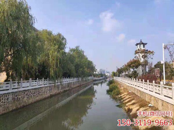 淮安市清安河河道2500米双向栏杆工程