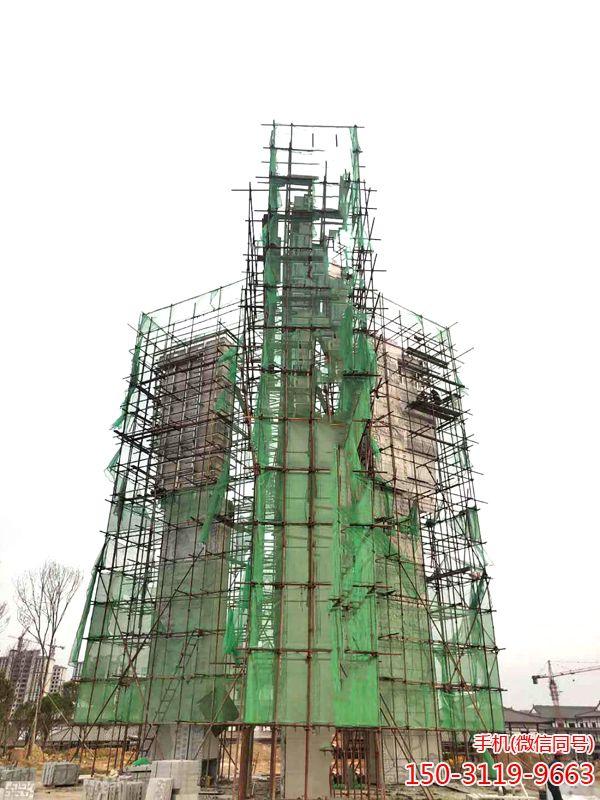 施工中的泰安史国之门