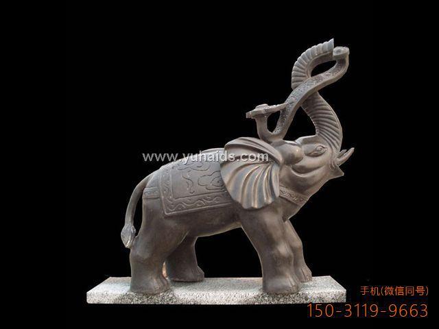 灰棕色大理石大象雕塑