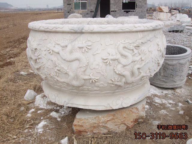龙纹石雕花盆