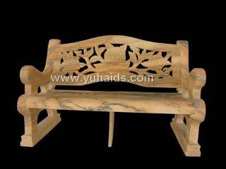 以花岗岩雕花制作的欧式石椅